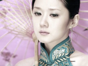 Korean actress Jang Nara in Chinese Cheongsam